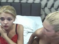 two cam girl