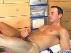 Big balls's str8 guy to massage in spite of him