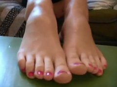 BARE FOOT & Foot Model 108