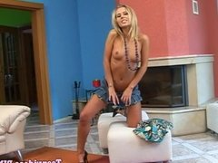 Blonde teenage amateur pussy fucks with toy