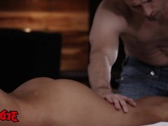 Gorgeous Naomi Woods facialized after a steamy massage