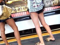 girls sexy ass cheeks legs feets in shorts