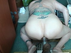 Vacuum pumping my Man Pussie