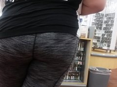 Nice chubby thick Mexican ass in spandex