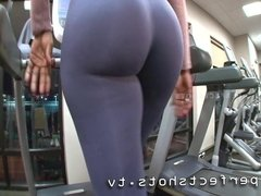 big booty on treadmill