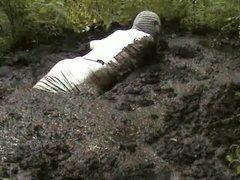 mud dress 30