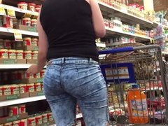 Ass and Hips MILF Bends Over
