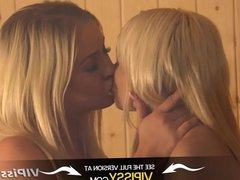 Vipissy- Lesbian pissplay with gorgeous blondes in the sauna