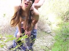 PORN CUTIE JAY TAYLOR PUBLIC HIKING FUCK IN THE WOODS AND CUM IN HER MOUTH