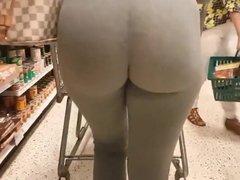 A huge ass in the super market