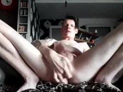 Cuming on cam