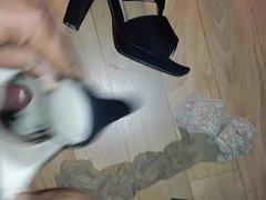 Crossdresser Cum in heels