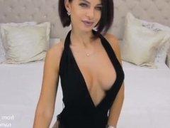 Big ass webcam porn star short-haired brunette