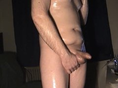Oiling up 01 Horny with a lot of oil -Old SD vid no audio-