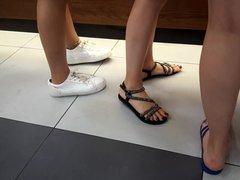 candid teens legs sexy feets toes, big feet