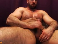 Daddy Arnold Stefan loves to have sex in the locker room