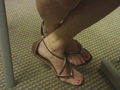 Candid Diatician Toe wiggling in Sandals