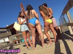 Super Sexy Hot Bikini teens Voyeur Spycam Bikini Beach