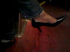 Ebony woman toe wiggling in Tight Black heels
