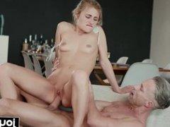 JOYMII- horny art student Lindsey Cruz fucks nude male model