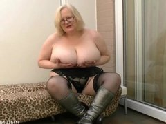 Teasing in my silvr boots