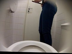 Estrangeiro - Hidden Cam HD piss in toilet part16