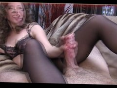 Milf gives a Handjob in Pantyhose