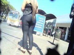 blonde hot ass in legging loira cavala do rabao dlc 447
