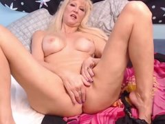Hot busty mature blonde Tula knows all ways to get orgasm