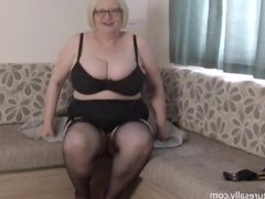 shaking my tits in slow motion