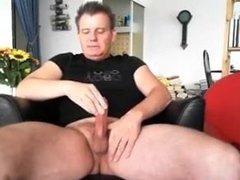 Masturbation with cumshot (short)