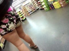 latina big phat ass pawg shorts culo grande nalgona