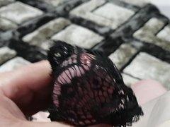 BLACK LACE CUMSHOT