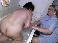 OldNannY Capturing Granny While Taking a Bath