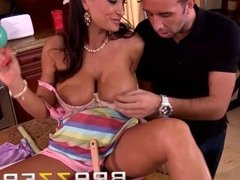Brazzers - Lisa Ann & Keiran Lee - Mom's Guide To Throwing A Party