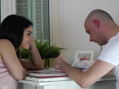 Black haired babe Aysha doesn't let her boyfriend learn