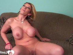 Blonde loves to suck on a big cock.mp4
