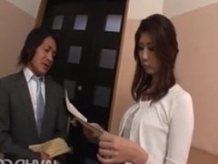 Horny businessman seduces sexy cougar Nanako Yoshioka in her