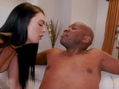 Marley Brinx takes Mandingo's monster cock