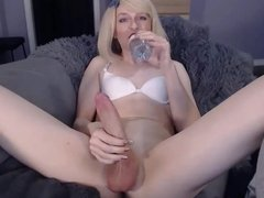 Monster Shemale Cock On  WebCam