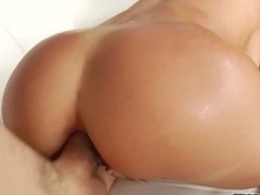 HardX Alexis Fawx is One HOT MILF & 1ST ANAL Makes her Cum