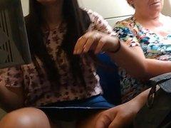 Delicia #08 - Magrinha linda pagando calcinha.mov
