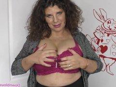 Big natural tits mature woman showing downblouse