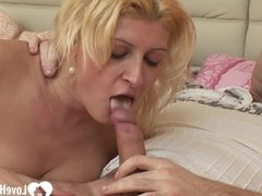 Blonde with big tits gets a hard donger