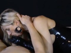 Amateur milf blowjob and cum in mouth in latex body