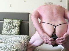 gros plug anal et string  pour JACKY