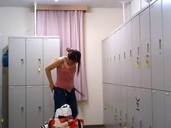 Changing Room - Girl In The Locker Room 003