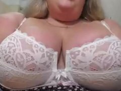 Mature big tits in white bra, amateur