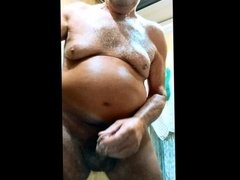 Watch me play with myself and cum