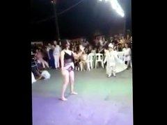 Turkish mom Twerk dance turk anne seks dansi ass panty hot